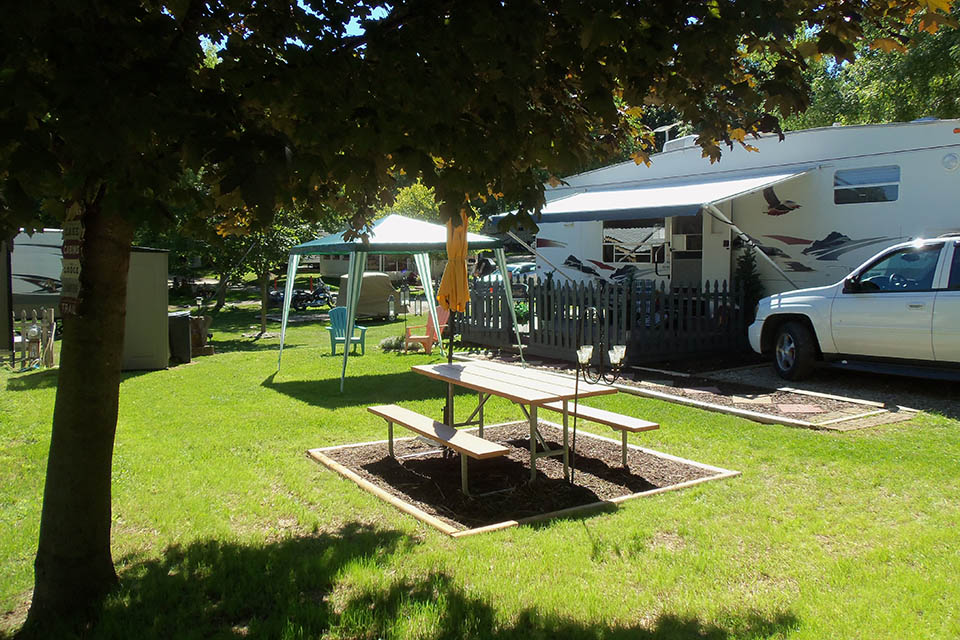 seasonal site at snow lake camping in mi